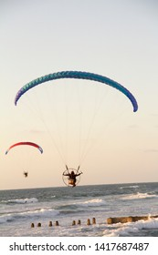 Summertime sport people fly israël