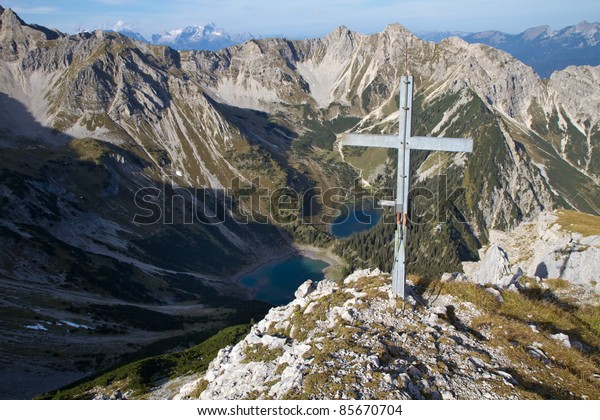 "Summit cross of the ""Gumpenkarspitze"" peak, Bavaria"