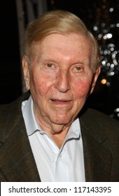 "Sumner Redstone at the Los Angeles Premiere of ""Norbit"". Mann Village Theater, Westwood, CA. 02-08-07"