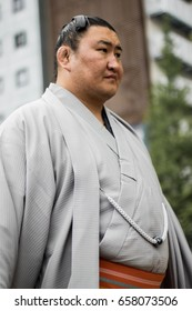 sumo wrestler hair