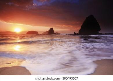sun and big wave Tanung Papuma beach