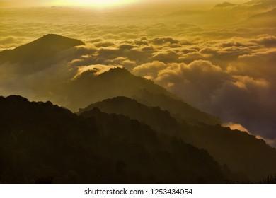Sun and Cloud - Sandakphu - Kalipokhri