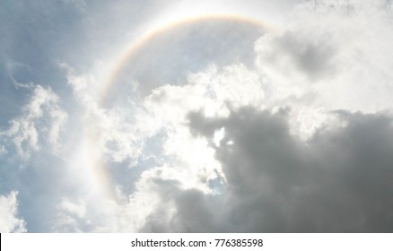 Sun halo with coulds