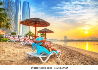 Sun holidays on the beach of Persian Gulf
