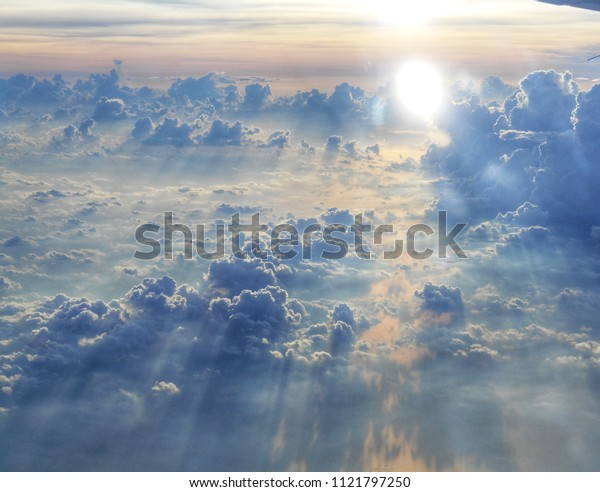 The sun light up to the cloud into the sky like fly to heaven.