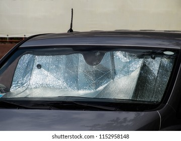 Sun Reflector windscreen. Protection of the car panel from direct sunlight. Protection of the car panel from direct sunlight. Sun Reflector windscreen.