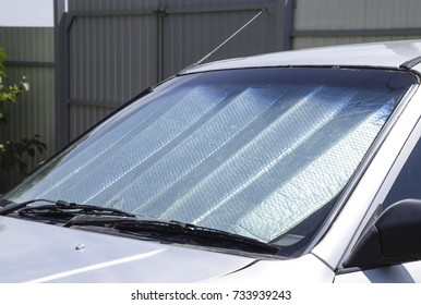 Sun Reflector windscreen. Protection of the car panel from direct sunlight