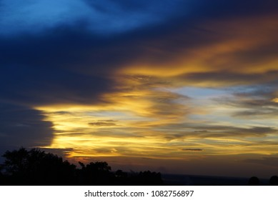Sun set over phnom bakheng palace, combodia - no fiter