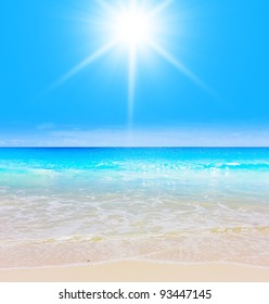 Sun is Shining Waves in Paradise