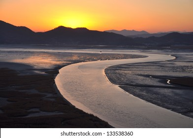 Suncheonnam bay located in Suncheon city, South Korea. It famous with the gorgeous sunset view.