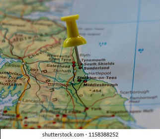 Sunderland in England marked with a pin