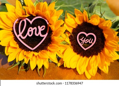 Sunflower with heart in the middle, Love, love you