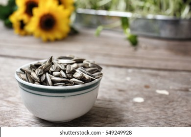 Sunflower seed and plant