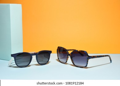 sunglasses eyewear on pastel color paper background