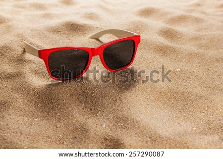 cfa7e8343397 Sunglasses Sand Beach Stock Photo (Edit Now) 257290087 - Shutterstock
