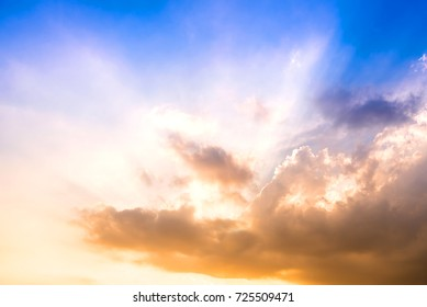 Sunlight In Evening before a Sunset with Clouds, Cloud in heaven, Dramatic look - Shutterstock ID 725509471