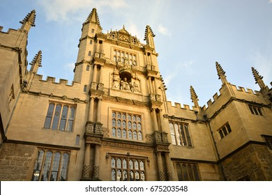 Sunlight on elegant old building of Bodleian library, Oxford University, Oxford