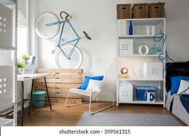 Sunny and comfortable apartament for young and active couple