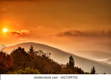 Sunrise along the Highland Scenic Highway, Route 150, National Scenic Byway, Pocahontas County, West Virginia, USA