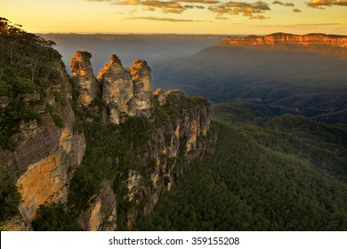 Sunrise in Blue Mountains. View on Three Sisters Rock Formation.