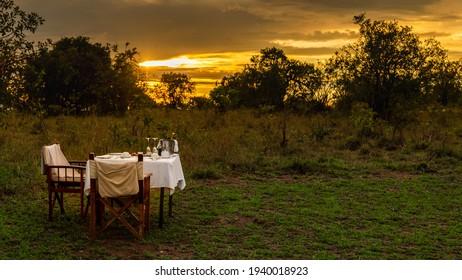Sunrise Breakfast in the Serengeti - Serengeti National Park - Tanzania, Africa