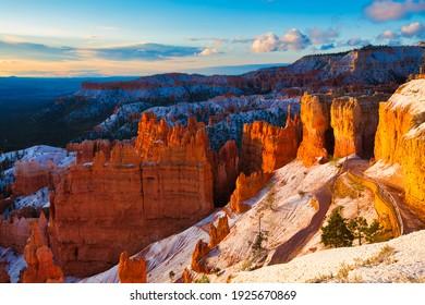 Sunrise in Bryce Canyon National Park, Utah, USA