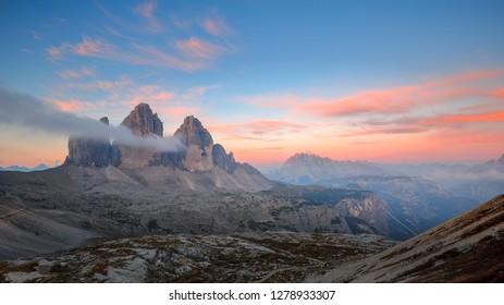 Sunrise in the dolomites, Three Peaks of Lavaredo (Drei Zinner or tre Cime di Lavaredo), Italy