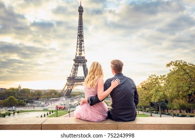 Couple Eiffel Tower Images, Stock Photos & Vectors