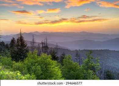 Sunrise in Great Smoky Mountains National Lark.