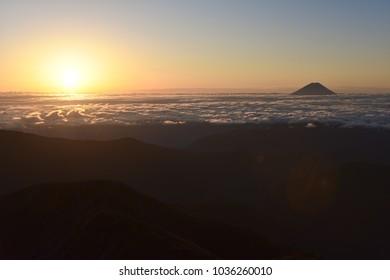Sunrise and Mount Fuji to see from Kitadake