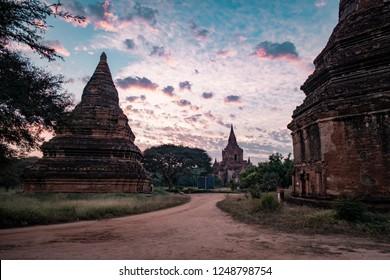 Sunrise old Bagan, Sunet Pagan Pagoda Temple of Bagan Myanamar