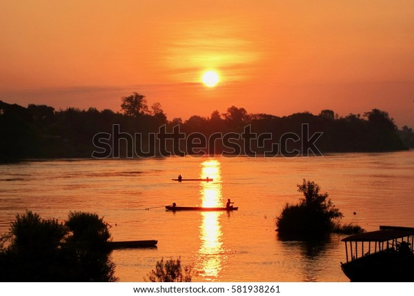 Sunrise on the Mekong River (4000 Islands, Don Det, Laos)
