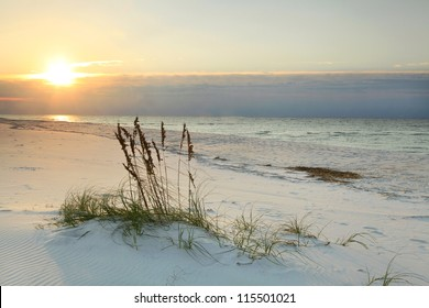 Sunrise on White sand Florida Beach
