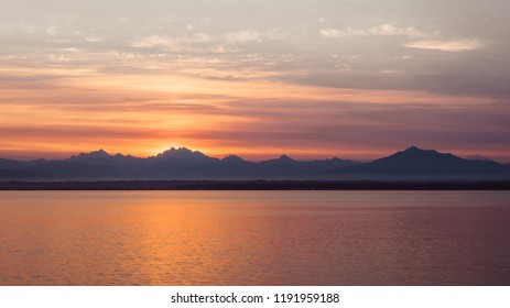 Sunrise over the Cascade mountains and the Pudget Sound, Pacific Northwest