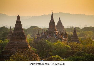 Sunrise over the valley with the ancient pagodas in Bagan