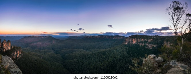 Sunrise Panorama at Ecco Point - Three Sisters in Blue Mountains National Park, Katoomba, New South Wales, Australia. This view is one of the most popular destination in Blue Mountains