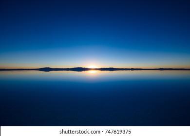 Sunrise at Salar de Uyuni