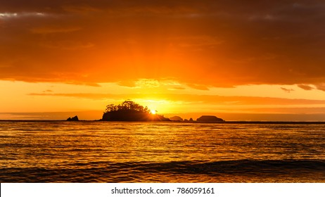 Sunrise Seascape - Snapper Island viewed from Batemans Bay, New South Wales, South Coast, Australia