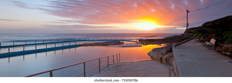 Sunrise at South Curl Curl on the Northern Beaches of Sydney, Australia