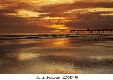 sunrise at sunglo pier daytona beach florida