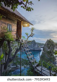 Sunrise view at Rumah Pohon Molenteng, Nusa Penida, Indonesia