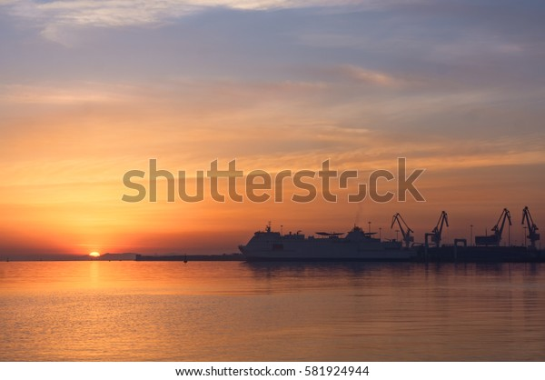Sunrise at Yantai port