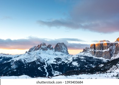 The sunset above Sassolungo and Col Rodella, Canazei, Italy, Europe