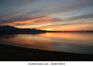 Sunset at Chiemsee, with some beautyful colours. Would make a nice backround for shoure.