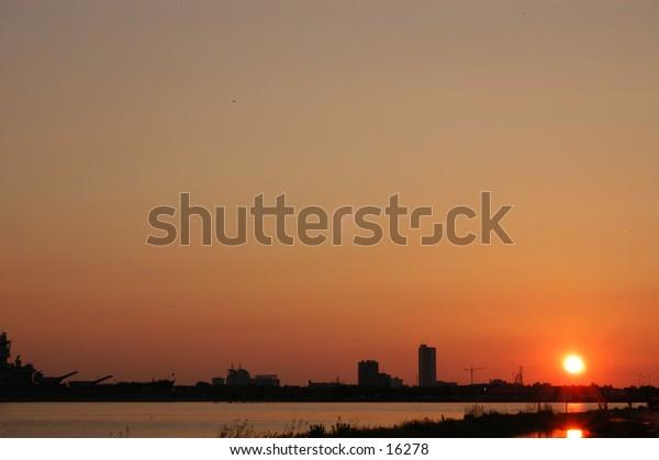 Sunset City Silouette