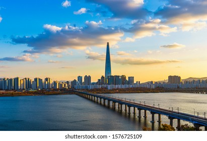 Sunset  and cityscape of Seoul,Hangang river and Lotte tower best landmark in Seoul,South Korea
