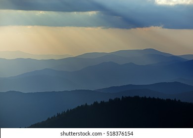 Sunset from Clingman's Dome with sunbeams, Great Smoky Mountains National Park, Tennessee, USA