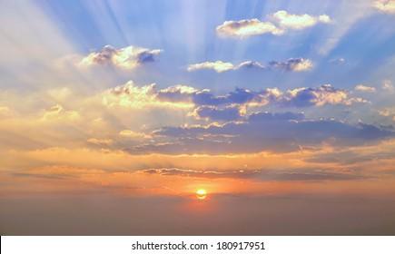 sunset clouds images stock photos vectors shutterstock https www shutterstock com image photo sunset cloud 180917951