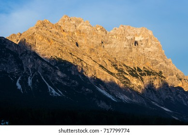 Sunset colors of Mt. Sorapiss