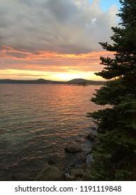 Sunset colors over Waldo Lake in Oregon